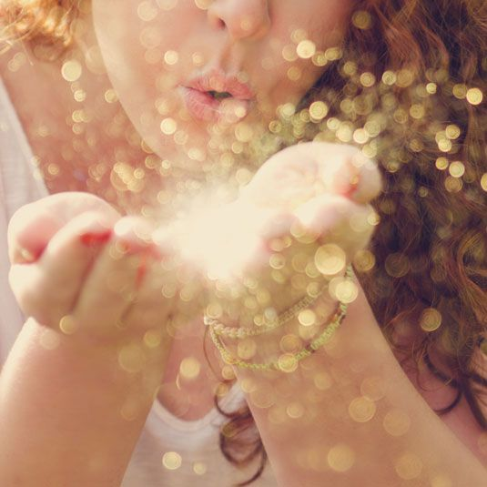 7f147c88b3a94f5ae63a7d39f9b63191--sparkles-glitter-gold-sparkle.jpg